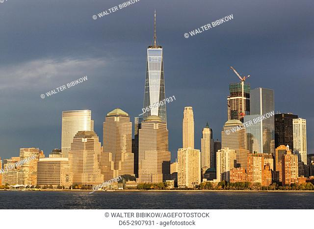 USA, New York, New York City, Lower Manhattan skyline with Freedom Tower from New Jersey, dusk