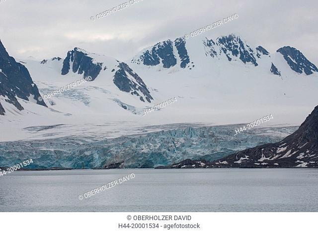 Spitsbergen, Svalbard, Raudfjord, glacier