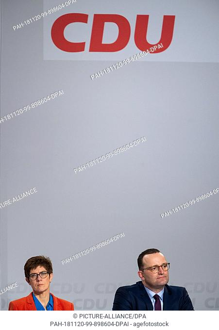 20 November 2018, Rhineland-Palatinate, Idar-Oberstein: Jens Spahn (CDU), Minister of Health, and Annegret Kramp-Karrenbauer, CDU Secretary General