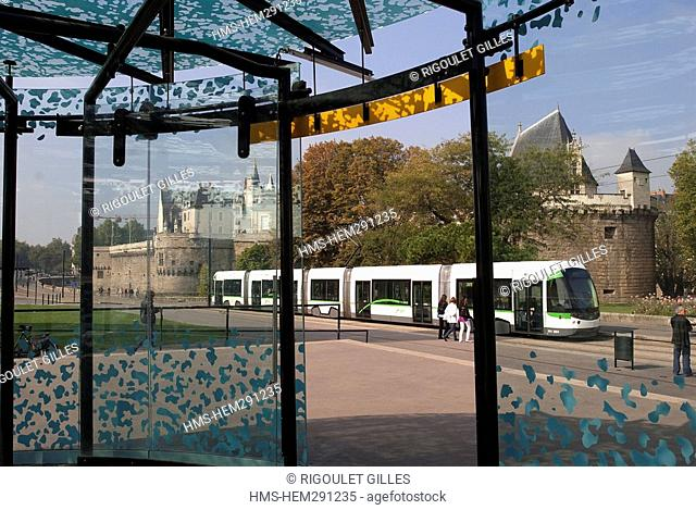 France, Loire Atlantique, Nantes, tram at the Chateau des Ducs de Bretagne station