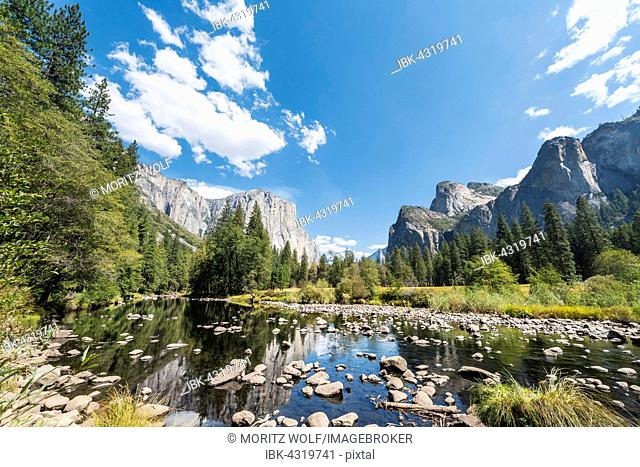 Valley View overlooking El Capitan and Merced River, Yosemite National Park, California, USA