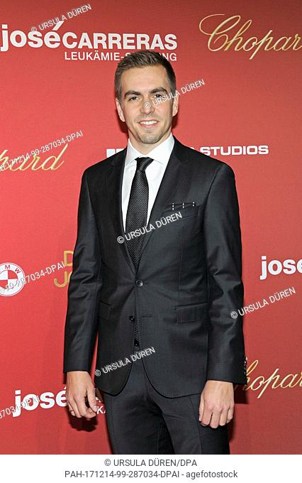 """Footballer Philipp Lahm arrives at the """"""""Jose Carreras Benefiz Gala"""""""" charity event at the Bavaria Film studios in Munich, Germany, 14December 2017"""
