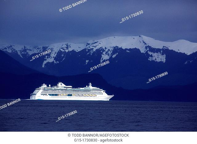 Royal Caribbean's Radiance of the Seas, a gas turbine powered cruise liner