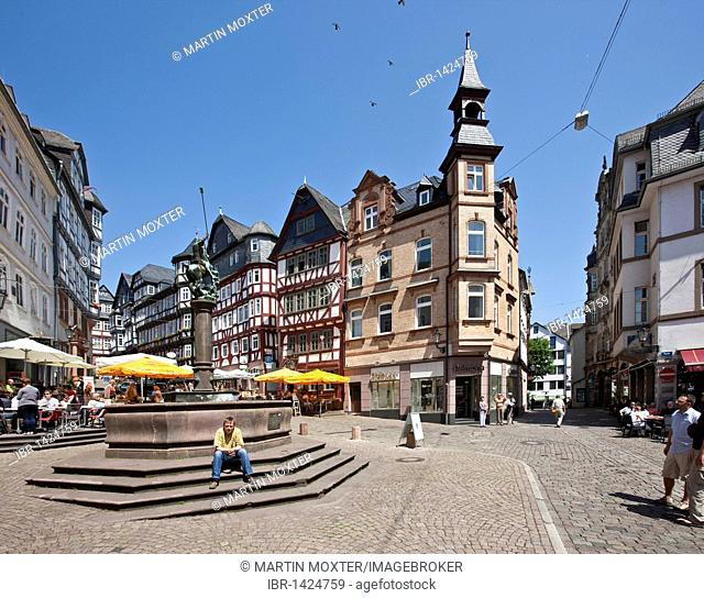 Marketplace with restaurants, old town of Marburg, Hesse, Germany, Europe