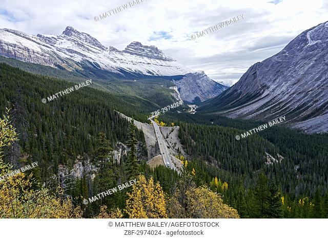 Driving the Icefields Parkway in Western Canada, one of the world's best drives
