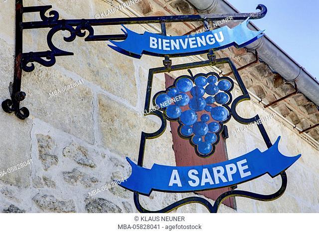 Château Haut Sarpe, open-air museum, vineyard, Saint-Émilion, Département Gironde, region Aquitaine, France