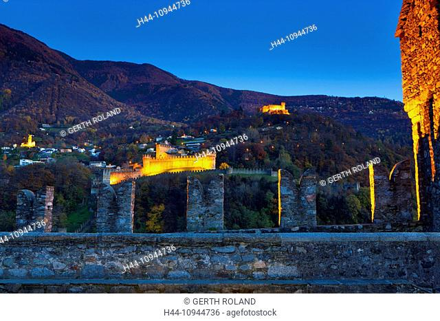 Bellinzona, Castelgrande, fort, Switzerland, Europe, canton, Ticino, castles, walls, wood, forest, autumn, night, lighting