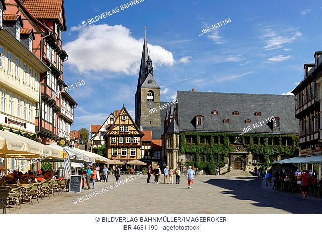 Market with town hall and towers of the market church, Quedlinburg, Saxony-Anhalt, Germany