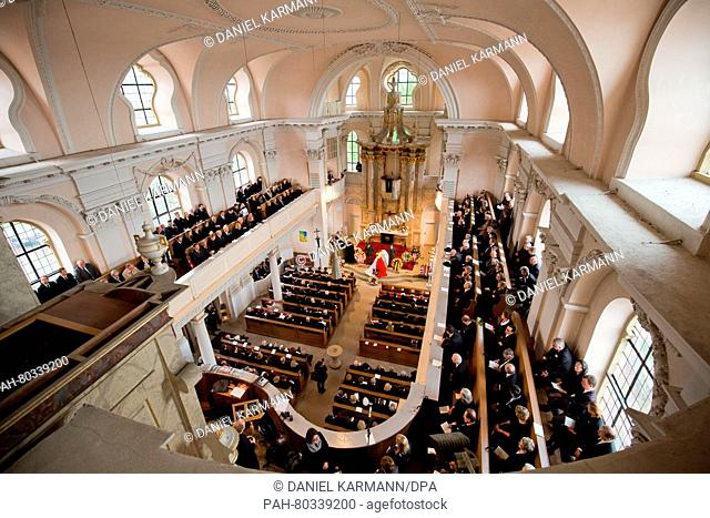 Mourners and family members attend the memorial for Prince Albrecht zu Castell-Castell at St. Johannes church in Castell, Germany, 13 May 2016