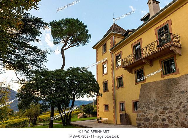 Winery Kornell, Siebeneich, Adige Valley, Vinschgau, South Tyrol, Italy