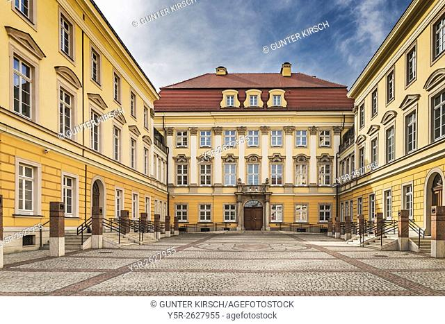 The Royal Palace Wroclaw (Palac Krolewski) was since 1750 the residence of Prussian Hohenzollern. Today it is the Municipal Museum of Wroclaw (Muzeum Miejskie...