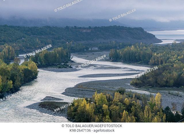 Cinca river, near Aínsa village. Huesca province, Aragón, Spain