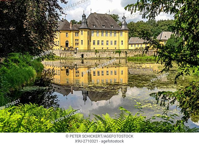 moated castle Dyck, Jüchen, North Rhine-Westphalia, Germany, Europe