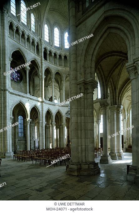 Soissons, Kathedrale/ Chorumgang