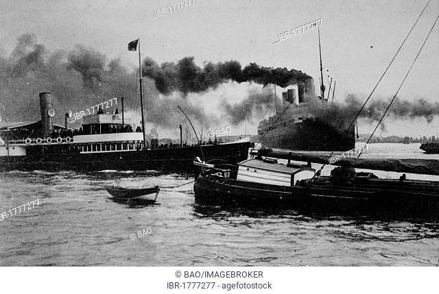 Steamer Deutschland leaving the port, Hamburg, Germany, Europe, historical photo from around 1899