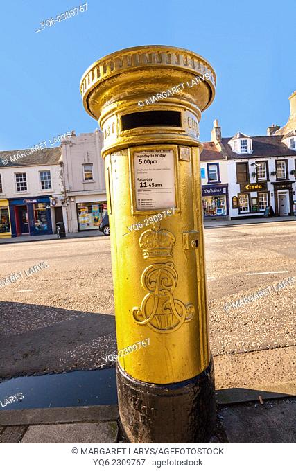 The red post box in Scott Brash's home town of Peebles was painted gold following his Olympic gold medal win in 2012