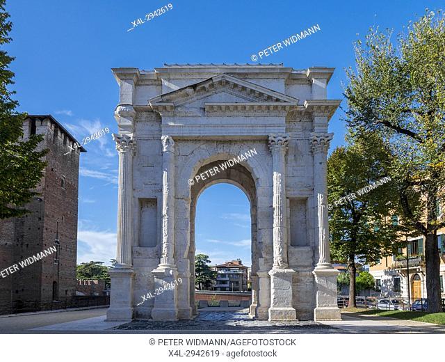 The roman Arco dei Gavi triumphal arch in Verona, Italy, Europe