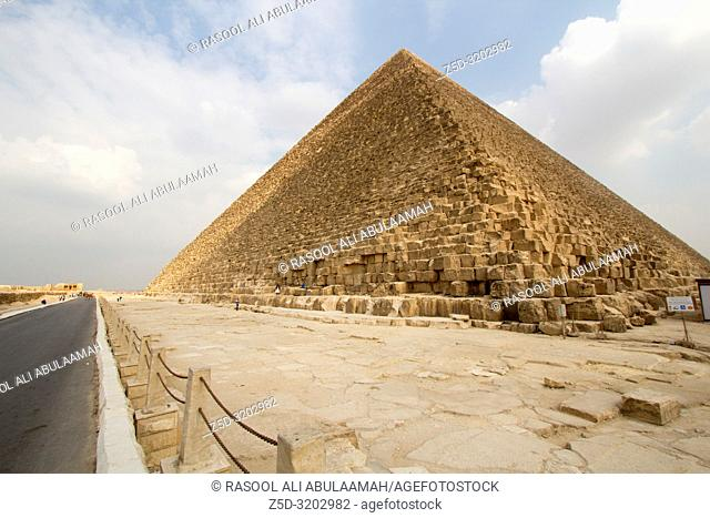 Cairo, Egypt – November 12, 2018: photo for Pyramid of Khafra in the Pyramids of Giza in Cairo city capital of Egypt