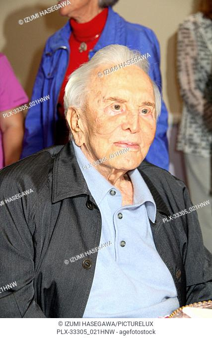 Kirk Douglas 05/04/2017 The 25th Anniversary of The Anne Douglas Center for Women at Los Angeles Mission held at the Los Angeles Mission in Los Angeles