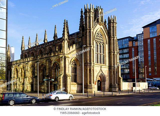 Front façade of the Metropolitan Cathedral, Church of St Andrews, Clyde Street, Glasgow, Scotland, Great Britain. the Cathedral was designed by James Gillespie...