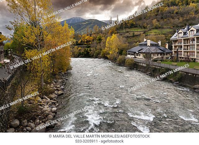 Broto village and river Ara on a autumn day. Huesca. Aragon. Spain. Europe