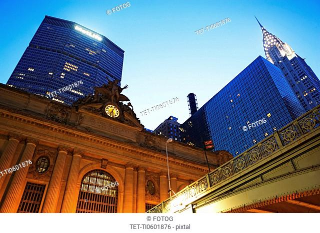USA, New York State, New York City, Grand Central Station, Met Life building and Chrysler building at dusk