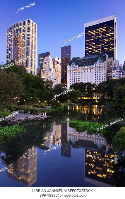 Twilight over Central Park and the buildings of Manhattan, New York City, USA
