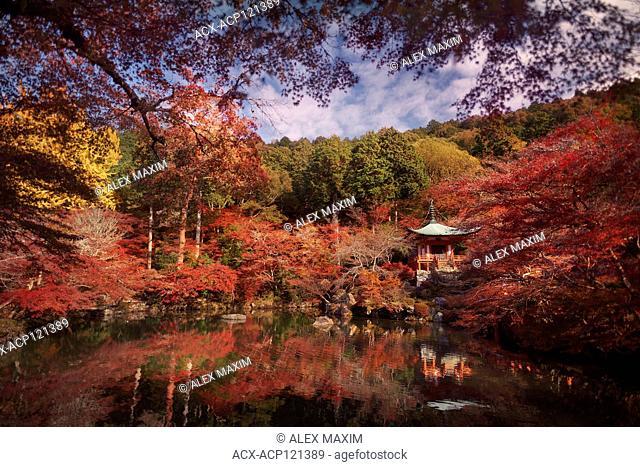 Beautiful reflective pond in front of Bentendo Hall in a colorful autumn scenery at Daigo-ji temple, Shimo-Daigo part of Daigoji complex in Fushimi-ku, Kyoto