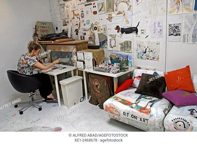 Store artistic workshop, Gracia district, Barcelona, Catalonia, Spain