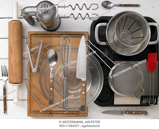 Kitchen utensils for preparing tartlets