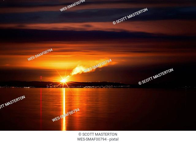 UK, Scotland, Cowdenbeath, view to Mossmorran Natural Gas fractionation plant at sunset