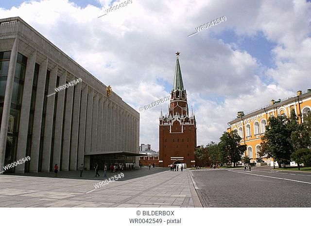 Russia, Moscow, Kremlin, Trinity tower and congress palace