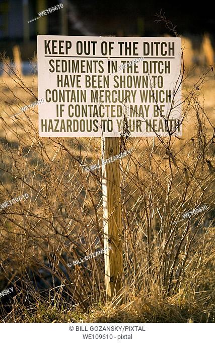Warning / Keep Out / Hazard Sign - United States