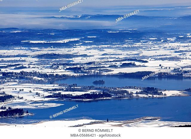 Germany, Bavaria, Upper Bavaria, Pfaffenwinkel, blue country, Ammergauer alps, view of the Hörnle on the Staffelsee