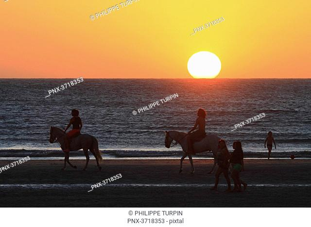 Brasil, Ceara. Jericoacoara. Beach.Sunset