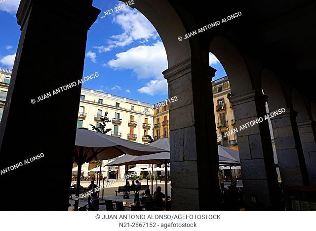 Plaça de la Independencia. Girona, Catalonia, Spain, Europe
