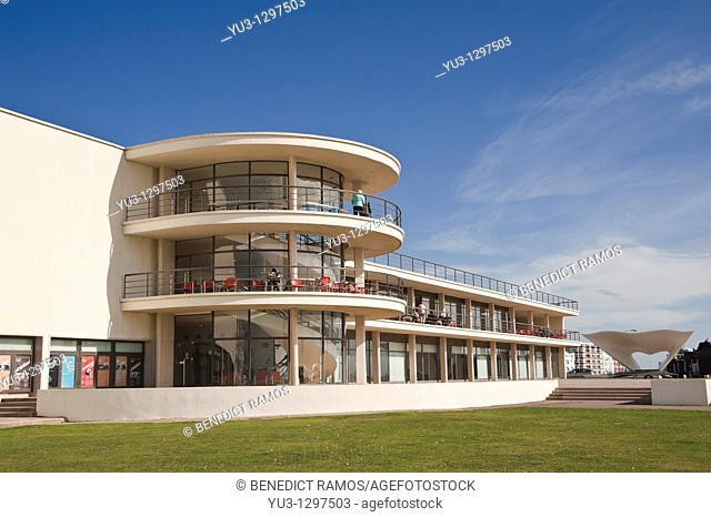 De La Warr Pavilion designed by Erich Mendelsohn and Serge Chermayeff, Bexhill-on-Sea, East Sussex, England, UK
