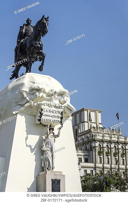 Statue of General José de San Martin in Plaza Mayor (Plaza de Armas), Lima, Peru