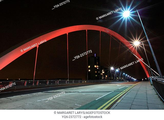 The Squinty Bridge at night, Glasgow