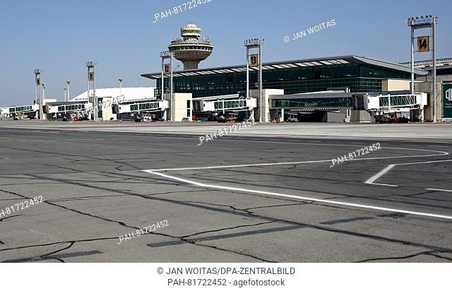 The airport in Yerevan, Armenia, 30 June 2016. PHOTO: JAN WOITAS/dpa | usage worldwide. - Yerevan/Armenia