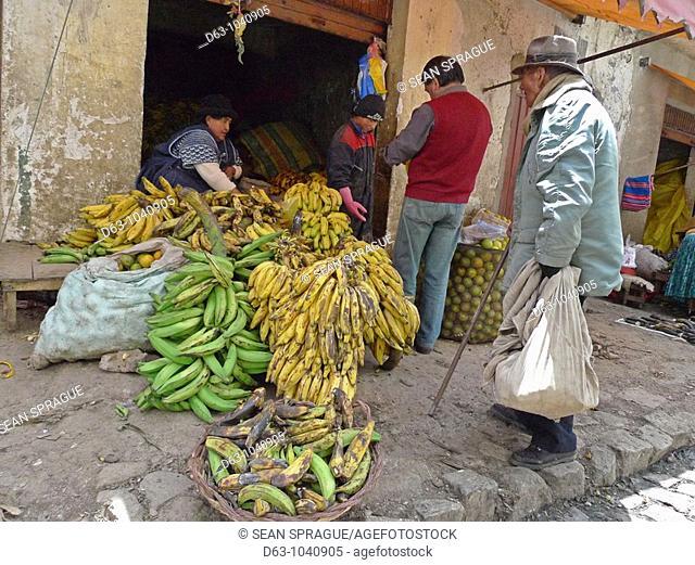Banana sellers in street market, La Paz, Bolivia