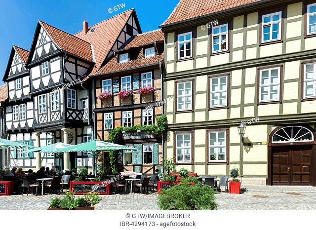 Square with half-timbered houses, UNESCO World Heritage Site, Quedlinburg, Harz, Saxony-Anhalt, Germany