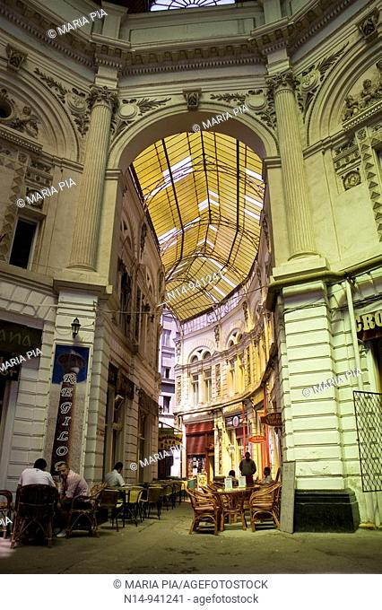 Passage Villacrosse Macca Bucarest,  galleries with cafes and romanian restaurants