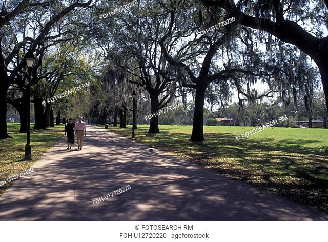 Savannah, GA, Georgia, Walking path in Forsyth Park in Savannah