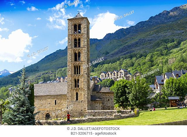 Spain, Catalonia, Romanesque church of Sant Climent of Taull de Boi