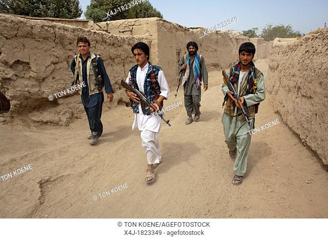 Estimated 10 000 Arbaki fighterswarlords in Kunduz province