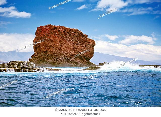 Pu'u Pehe aka Sweetheart Rock, Hulopoe Bay, South Lana'i, Lana'i aka Pineapple Island because of its past as an island-wide pineapple plantation of Dole