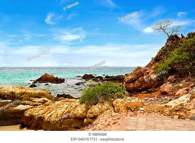 Samae beach in Lan island, Thailand