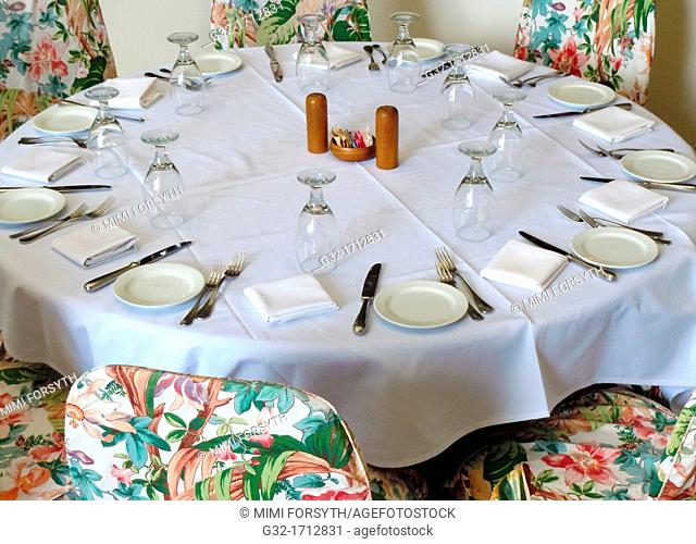 Table set for 9