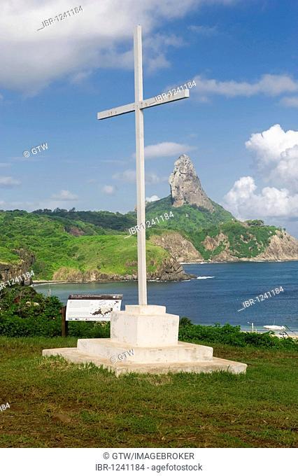 Santo Antonio Bay and Morro de Pico, Fernando de Noronha National Marine Sanctuary, Pernambuco, Brazil, South America